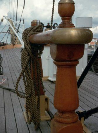 bateau vernis au Coélan